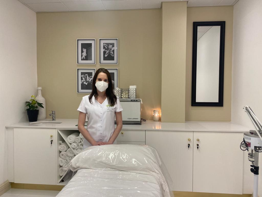 The Gentle Touch at Skin Renewal
